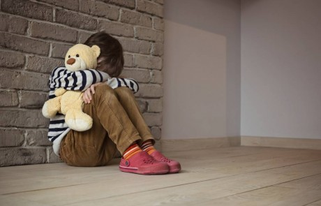 """ילדים עם קשיים חברתיים בביה""""ס היסודי- כך תוכלו לעזור"""
