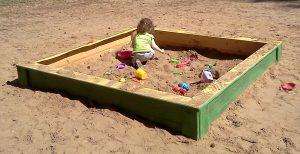 תמונה של ארז חול, גני משחקים